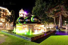 Fountain Square in Baku. By Etibar Jafarov