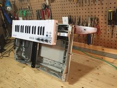World's First HP Scanjet 4C Keytar + Instructions on How to Build a Musical Stepper Motor in 60 sec - YouTube