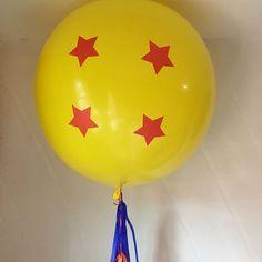 """""""Vamos a buscar las esferas del dragón""""  ☁️ . . . . #díseloconglobos #bigballoons #globos #dragonball #esferadeldragon #goku #globosgigantes #stars #esferadecuatroestrellas"""