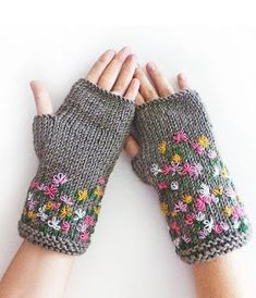 Grey Stitch Knit Fingerless Gloves by SabaKnits Fingerless Gloves Knitted, Crochet Gloves, Knit Mittens, Knit Crochet, Knitting Stitches, Knitting Patterns, Wrist Warmers, Knitting Accessories, Couture