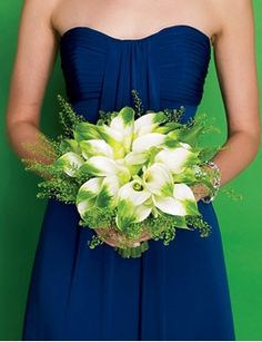 An idea to integrate both of our favorite colors!    http://www.brides.com/wedding-ideas/editorial-pick/2009/11/blue-and-green-wedding-party#slide=6