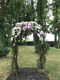 Outdoor Wedding Ceremony Wedding Archway