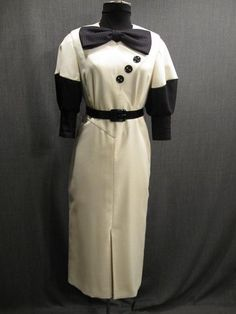 09032528 Dress Womens 1930s ivory crepe black silk bl B33 W25 H34.JPG