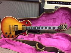 1990 Les Paul Custom http://www.jimismusicstore.ie/product_info.php?cPath=22_49&products_id=2406