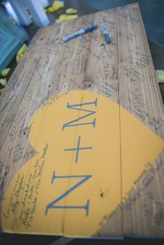 A guestbook that you can reuse to hang up in your home