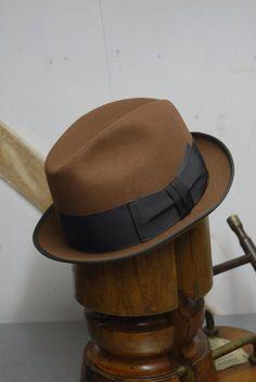 e6e01fb8d9348 Vintage 60 s Brown European Fur Felt Felt Stingy Fedora Trilby Hat EU 55 UK  6 3 4 US 6 7 8