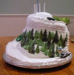Google Image Result for http://katiecakes.co.uk/test/mountain-cake.JPG
