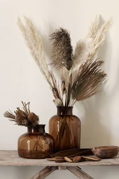 Pampas grass is the new and improved house plant. Pampas grass is wispy, elegant, and neutral instantly improving any space! Pampas grass pairs perfectly with a faux concrete planter as a tablescape centerpiece! Tall Glass Vases, Tall Vase Decor, Grass Decor, Apartment Chic, Pampas Grass, Home Decor Inspiration, Decor Ideas, Lamp Ideas, Dried Flowers