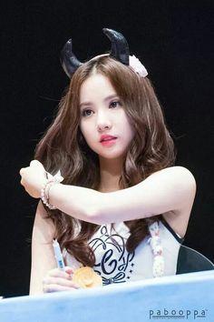 dedicated to female kpop idols. Kpop Girl Groups, Korean Girl Groups, Kpop Girls, Extended Play, Jung Eun Bi, G Friend, Girl Bands, Cloud Dancer, Beautiful Asian Girls