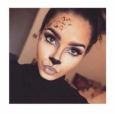 Are you looking for inspiration for your Halloween make-up? Browse around this site for cute Halloween makeup looks. Cheetah Makeup, Animal Makeup, Cat Halloween Makeup, Halloween Looks, Cheetah Halloween Costume, Leopard Costume, Last Minute Halloween Costumes, Cat Costume Makeup, Halloween 2020