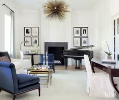 A Houston Abode Marries Classic and Modern Design