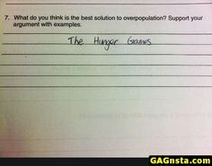 * dies laughing cause is a hunger games fan * Hunger Games Jokes, Divergent Hunger Games, Hunger Games Fandom, Hunger Games Cast, Funny Test Answers, Book Memes, Gaming Memes, Book Fandoms, Funny Games
