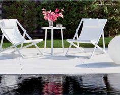 Camastro Xanthus con mesa lateral Apollo, exclusivo de Sindo Outdoor. #sindolove #sindooutdoor #sindomuebles  www.sindo.mx
