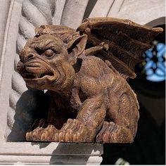 Design Toscano The Gargoyle of Castle Avonshire Sculpture | Wayfair
