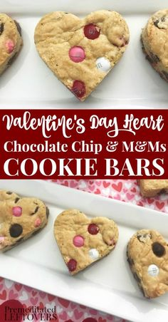 Show them just how much you love them with this Heart-Shaped Chocolate Chip Cookie Bars Recipe. Traditional chocolate chip cookies with a sweet Valentine's twist using pink and red M&Ms. Why bother with plain cookies when you can create something special for Valentine's Day so simply! Valentine Desserts, Valentines Day Cookies, Valentines Baking, Valentines Recipes, Valentine Treats, Valentine Chocolate, Recipe For Valentine Cookies, Valentine Food Ideas, Valentines Hearts