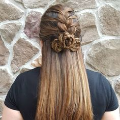 "387 Likes, 25 Comments - Anna Sofia (@hairstyles_by_anna_sofia) on Instagram: ""Hairstyle of the Day: Half Up French Mermaid Braid into Rosettes for @braidsbyjordan last day of…"""