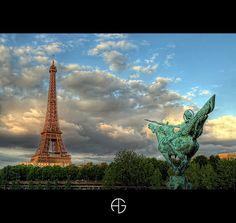 Tour Eiffel et monument de la France Renaissante, Paris