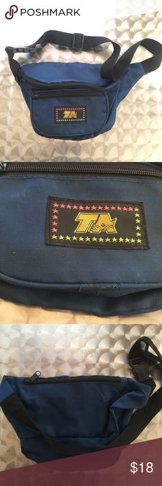 1532c5f661b VINTAGE TA FANNY PACK 🔥🙌 Dope bag Has a few flaws (See pictures)