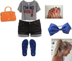 Detroit Tigers outfit. For my mommy.