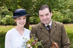 Love the flowers of Downton Abbey: Anna's nosegay from Mr. Bates
