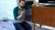"""Uskomaton kikka peittää huonekalun naarmun: """"Tämä on ihan mahtavaa"""" Diy And Crafts, Cleaning, Cabinet, Storage, Furniture, Home Decor, Tips, Organize, Ideas"""
