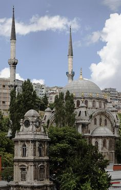 Nusretiye Mosque and clock tower, Istanbul, Turkey Religious Architecture, Historical Architecture, Art And Architecture, Beautiful Mosques, Beautiful Places, Places To See, Places To Travel, Monuments, Empire Ottoman
