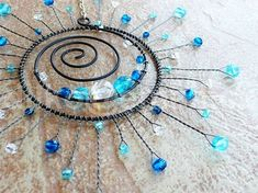 beads and wire - beading Diy Wind Chimes, Glass Wind Chimes, Bijoux Wire Wrap, Wire Wrapped Jewelry, Carillons Diy, Copper Wire Art, Wire Jewelry Designs, Wire Crafts, Copper Crafts