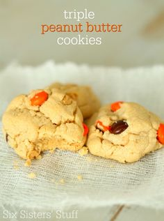 These Triple Peanut Butter Cookies are every peanut butter lovers dream come true! #sixsistersstuff #dessert #cookies