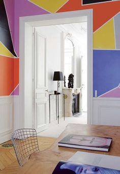 A Haussmannien Apartment Gets A Bold New Look