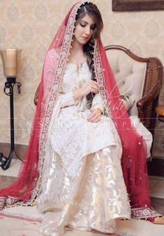 Wedding dresses pakistani kids 25 super Ideas Source by dress pakistani Bridal Mehndi Dresses, Nikkah Dress, Shadi Dresses, Pakistani Wedding Outfits, Bridal Dress Design, Pakistani Bridal Dresses, Wedding Dresses For Girls, Pakistani Wedding Dresses, Bridal Outfits