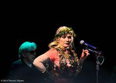 Blondie - Debbie Harry on Blondie Concert, Chris Stein, Blondie Debbie Harry, Kew Gardens, Blondies, Black And White, People, Stage, Black N White