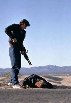 15 of 50 Rutger Hauer and C. Thomas Howell in The Hitcher Titles: A Morte Pede Carona 80s Movies, Cinema Movies, Film Movie, Good Movies, Horror Movies, King Kong, Greaser Guys, Ralph Macchio The Outsiders, The Hitcher