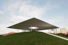 James Turrell Twilight Epiphany Skyspace (003) - Thomas Phifer and Partners