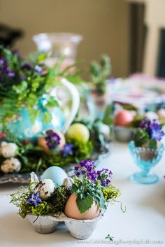 Make your own DIY Easter Decorations with this Egg Shell Easter Tablescape. This budget-friendly Easter Tablescape is simple and easy to recreate.