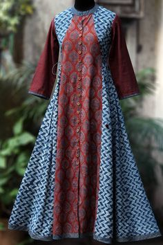 a-line dress with tie-ups - quill & the indigo lattice – maati crafts Saree Blouse Neck Designs, Dress Neck Designs, Blouse Designs, Simple Kurti Designs, Kurta Designs Women, Shweshwe Dresses, Batik Fashion, Batik Dress, Pakistani Dress Design