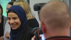 Religionsfreiheit genießt hohen Schutz, so erklärten Richter das Kopftuch-Verbot für Jurareferendarinnen für unzulässig. Der Freistaat Bayern könnte sich aber noch auf die Richtertracht berufen.