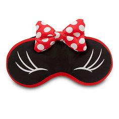 Shut out the day's worries for an evening of sweet dreams wearing Minnie's plush sleep mask with polka dot bow accents and bow appliqué. Plush sleep mask Screen art ''eyes'' Padded bow applique Fabric covered elastic band One size Polyester Imported Disney Style, Disney Love, Disney 2017, Disney Ideas, Disney Cruise, Disney Magic, Disney Mickey, Disney Trips, Disney Parks
