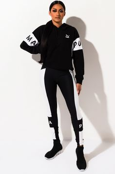 G legging. Swag Outfits For Girls, Cute Swag Outfits, Sporty Outfits, Puma Outfit, Joggers Outfit, Sportswear, Women, Matching Set, Gym Outfits