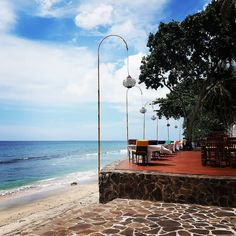Seaside Cafe - Senggigi Beach  #indonesia#beautiful#lombokisland #lombok#beach#cozy#cafe