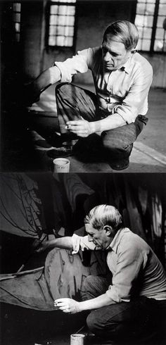 Picasso painting Guernica in 1937