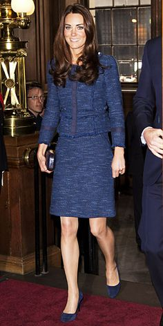 http://img2.timeinc.net/instyle/images/2012/WRN/042612-kate-middleton-blue-suit-290.jpg
