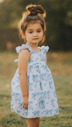 Cute Baby Girl Pictures, Cute Girls, Beautiful Children, Beautiful Babies, Baby Girl Fashion, Kids Fashion, Cute Babies Photography, Foto Newborn, Cute Little Baby