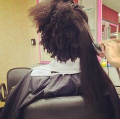 Shrinkage vs.straightening. To learn how to grow your hair longer click here - http://blackhair.cc/1jSY2ux