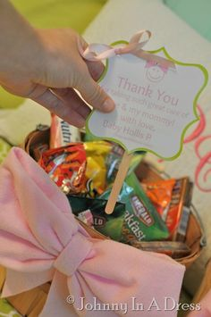 labor and delivery nurse gift basket tutorial...speaking from experience, we nurses are super appreciative when patients & their families take time to do something nice for us!