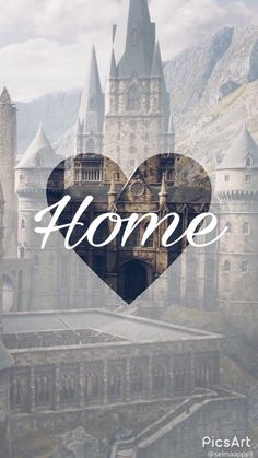 iphone wallpaper harry potter Hogwarts will always be there to welcome you home. Harry Potter World, Arte Do Harry Potter, Theme Harry Potter, Harry Potter Books, Harry Potter Universal, Harry Potter Fandom, Harry Potter Memes, Harry Potter Hogwarts, Harry Potter Pinterest
