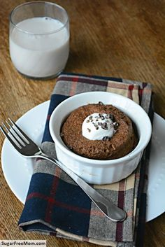 Single Serve Mint Chocolate Flax Muffin {Gluten & Sugar Free} - Flax meal and coconut flour