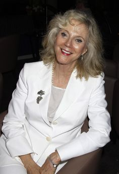 """Blythe Danner - Gwyneth Paltrow might personify elegance, but the """"apple"""" doesn't far fall from the tree. Blythe Danner's subtle gray style conveys effortless beauty. Her once blonde hair has made a seamless transition to gray."""