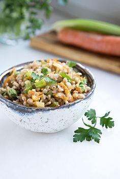 Kasza gryczana z warzywami Fried Rice, Fries, Good Food, Lunch, Ethnic Recipes, Interior, Diet, Indoor, Eat Lunch