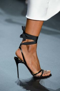 Cushnie et Ochs at New York Fashion Week Spring 2017 - Details Runway Photos