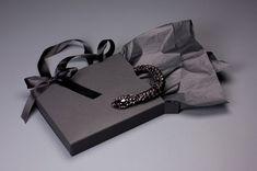 vera wang jewelry packaging